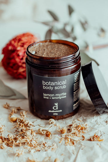 botanical body scrub 200g #3703 (rrp$28)