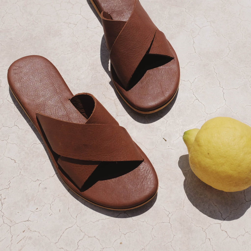 Crisscross Sandal - Vintage Brown Leather