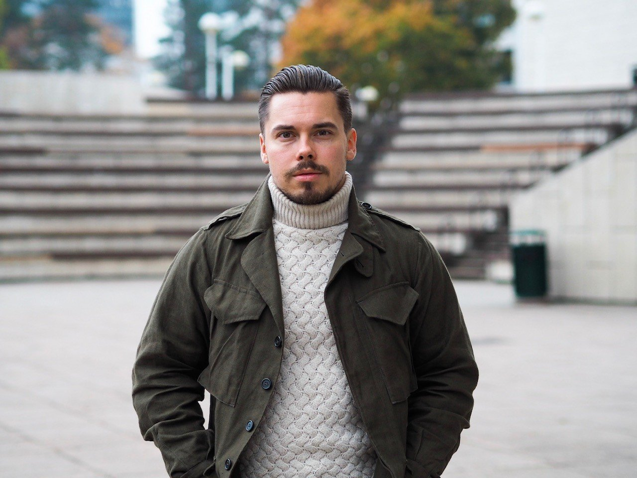 Outfit of the week - field jacket with a roll neck sweater and denim