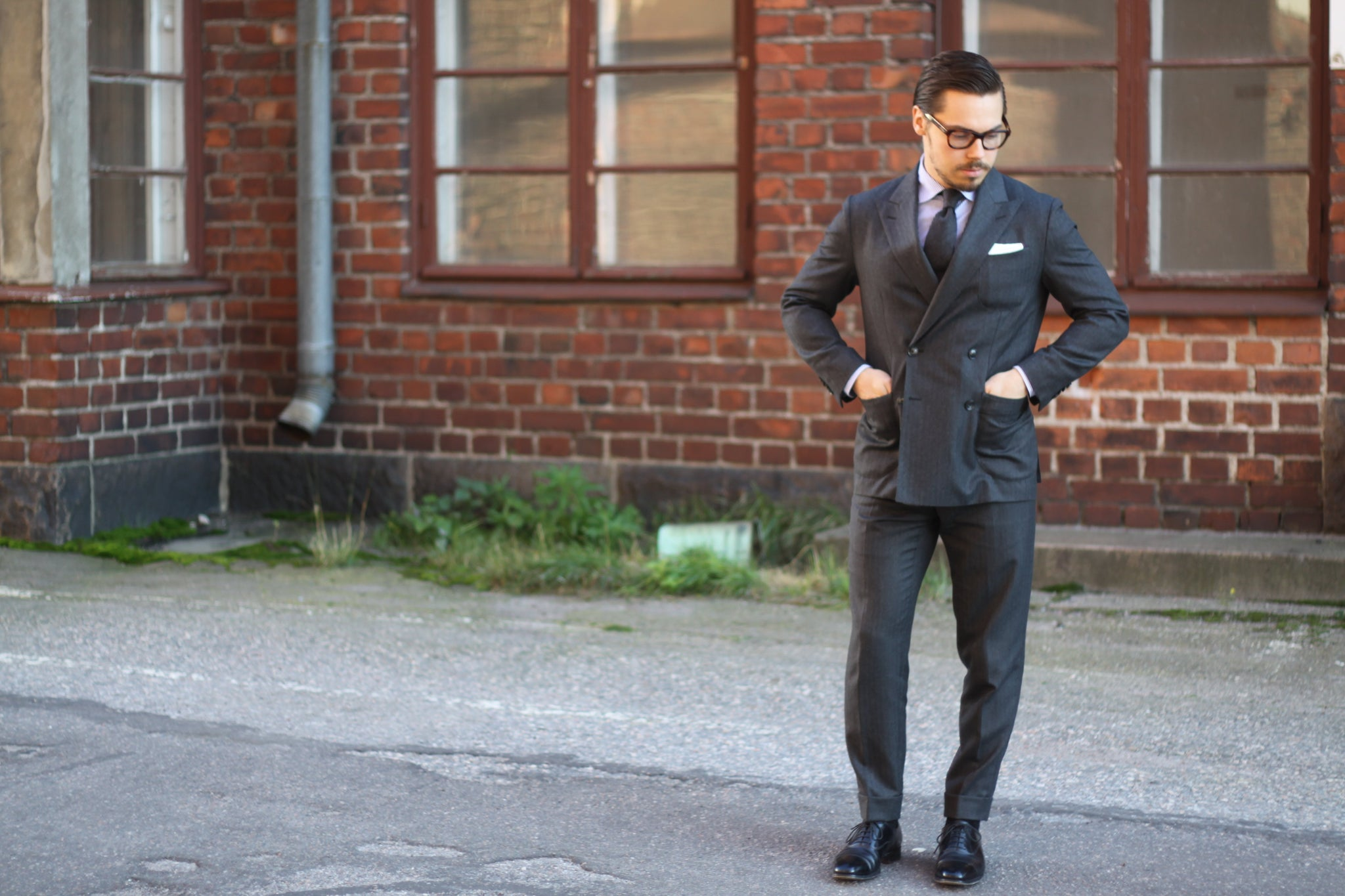 Gray double-breasted suit - versatile choice for fall part I