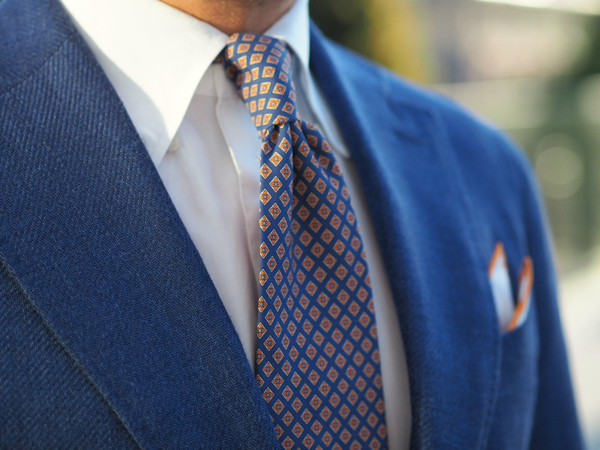 Blue suit jacket as a sport coat - tie and collar details