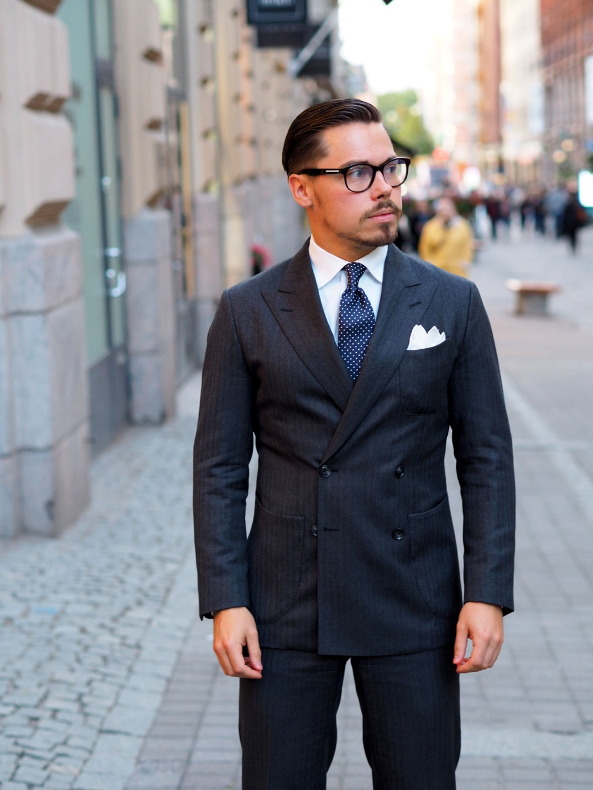 The blue pin dot tie with gray double-breasted suit - ready for a party