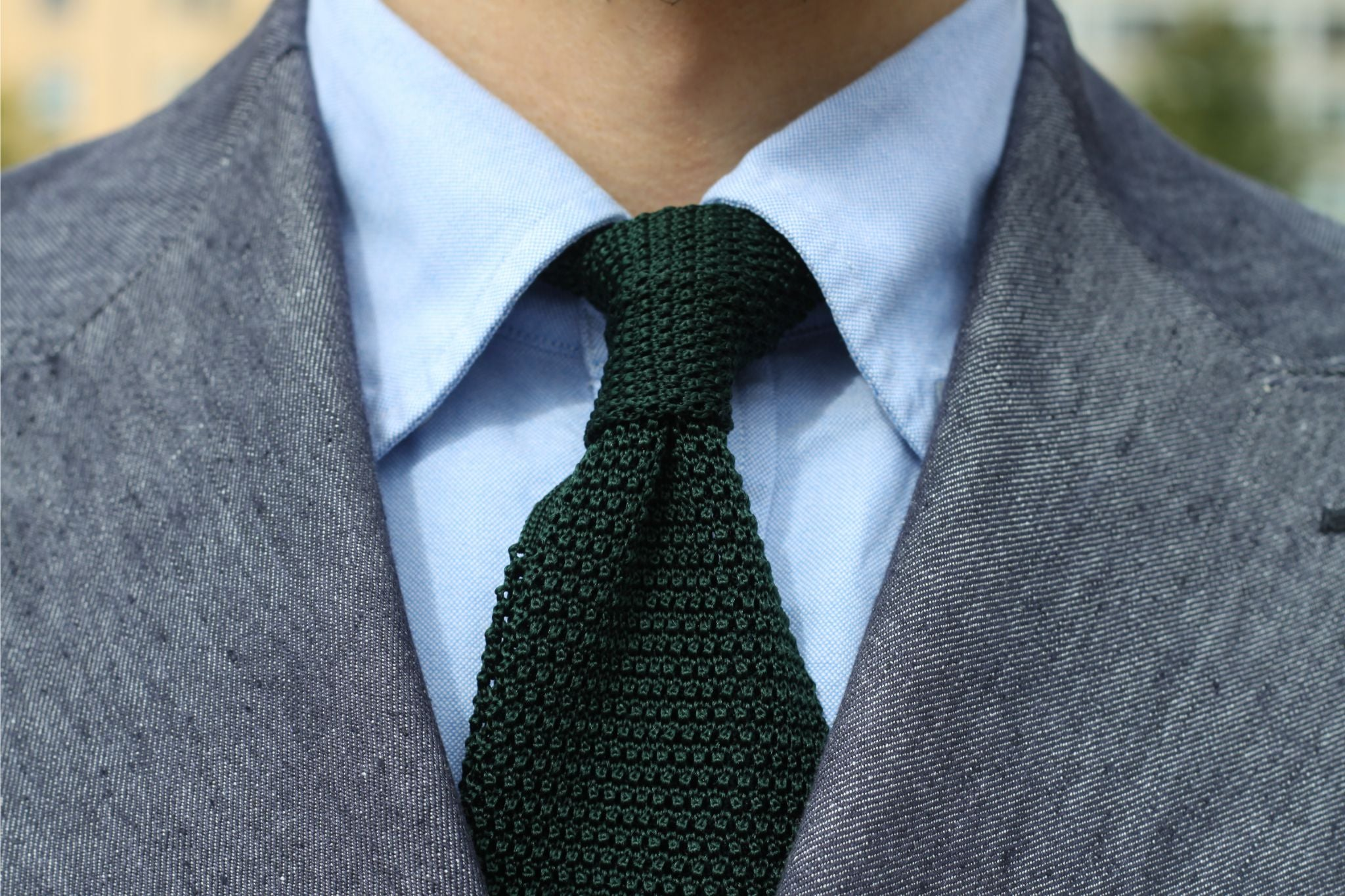 Bottle green knitted tie - details