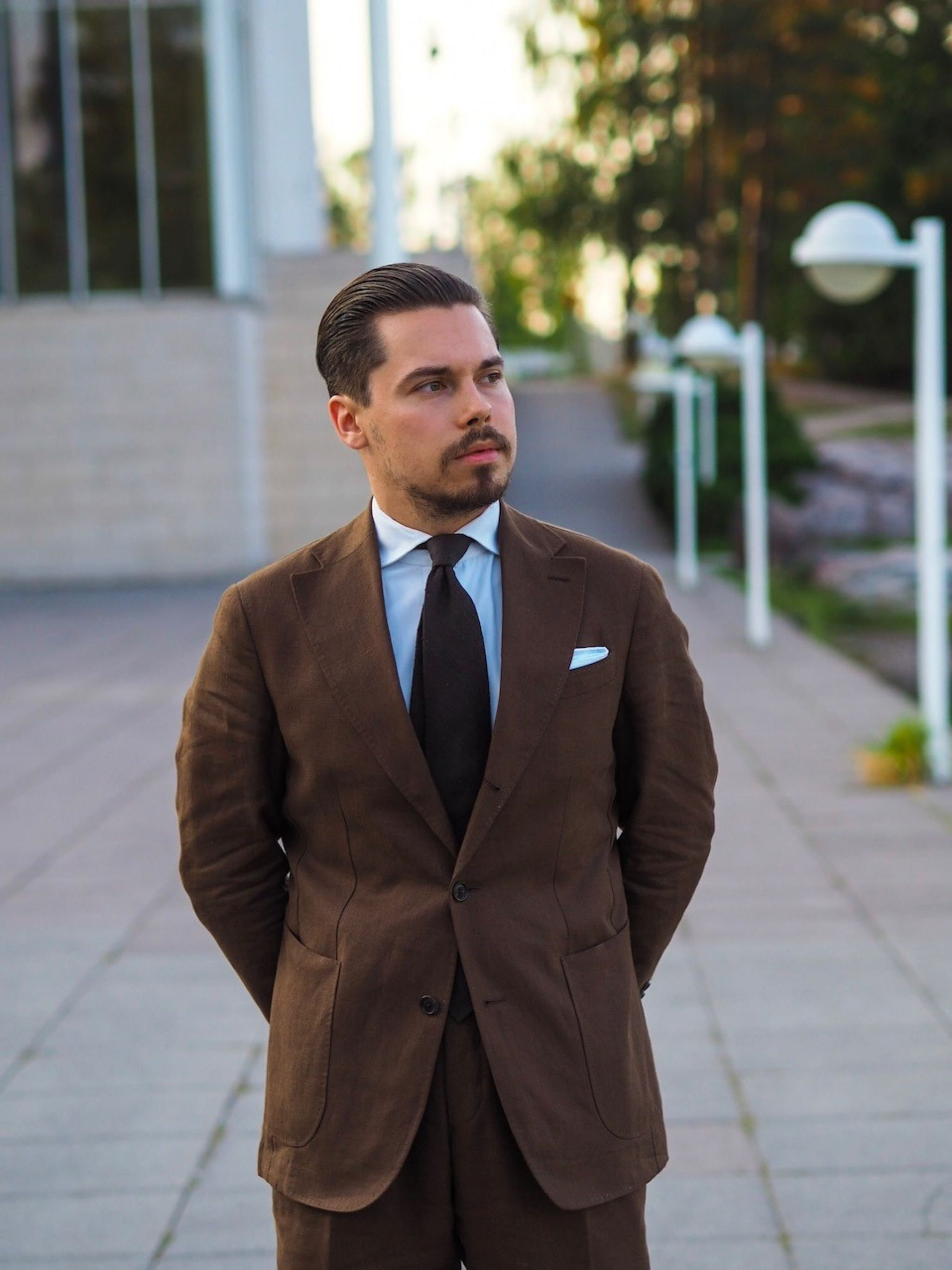 The Brown linen suit for business