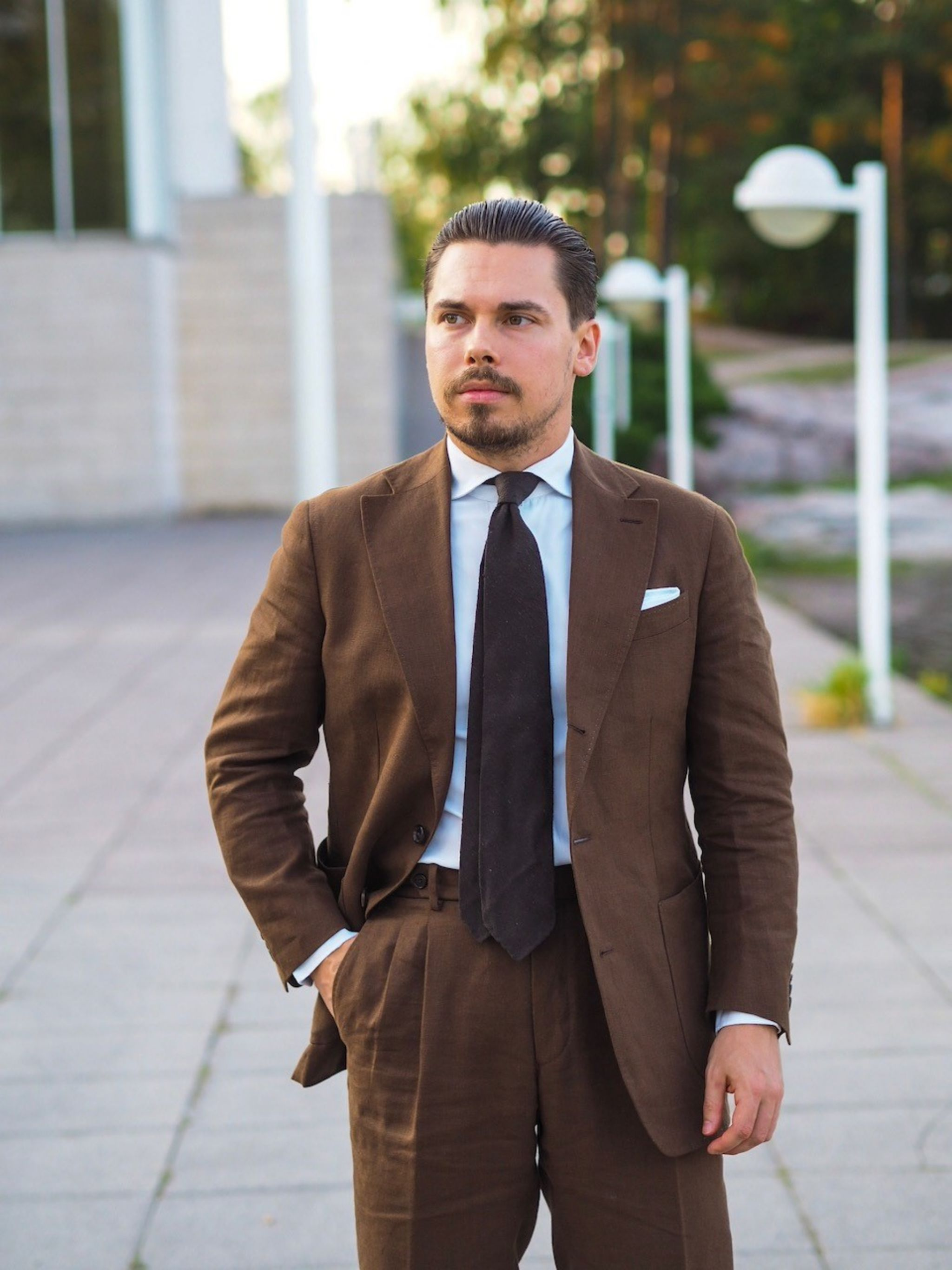 The Brown linen suit - suitable for summer weddings