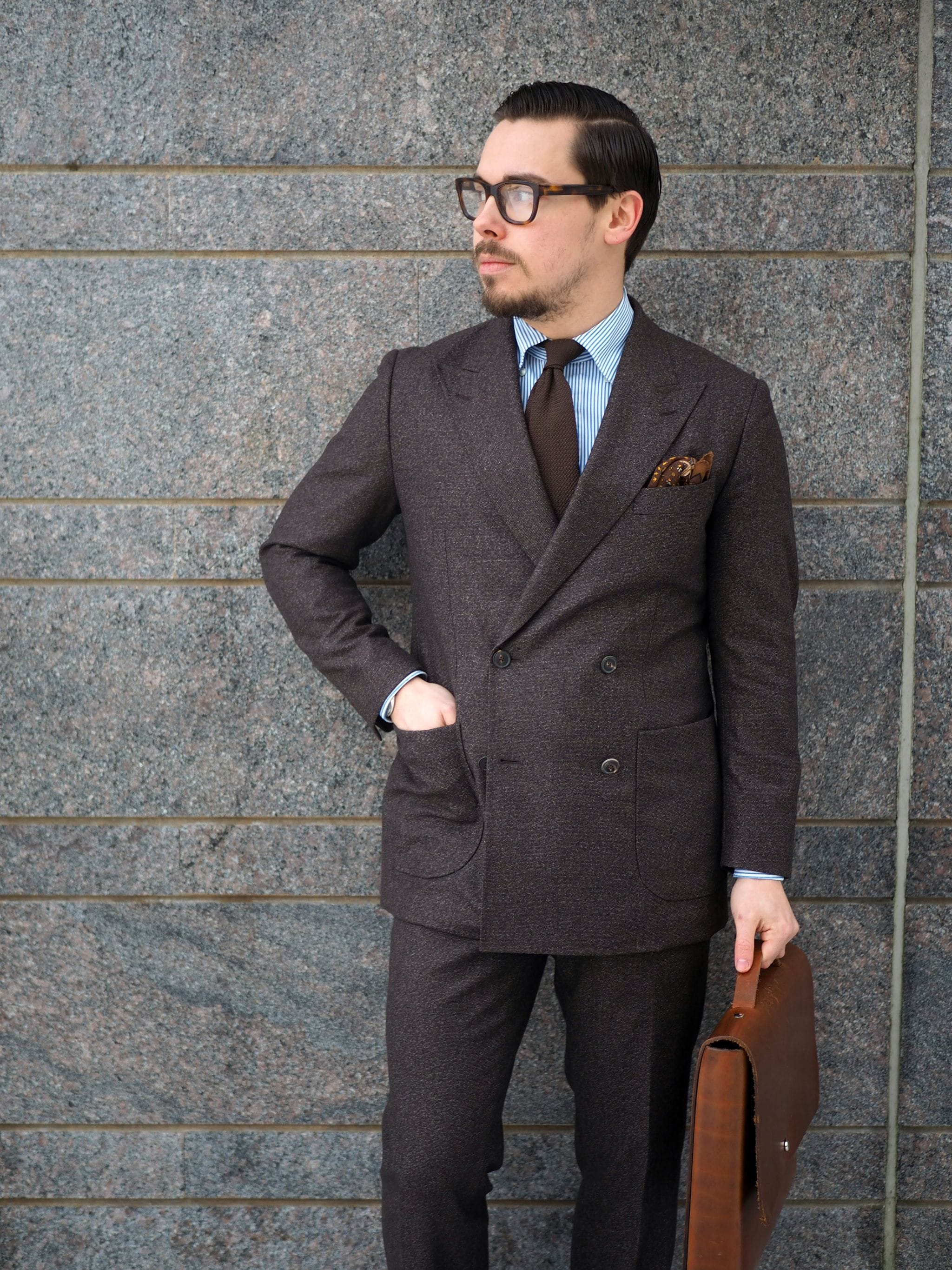 Brown wool is a great choice for the dark days and night of Finnish fall and winter.