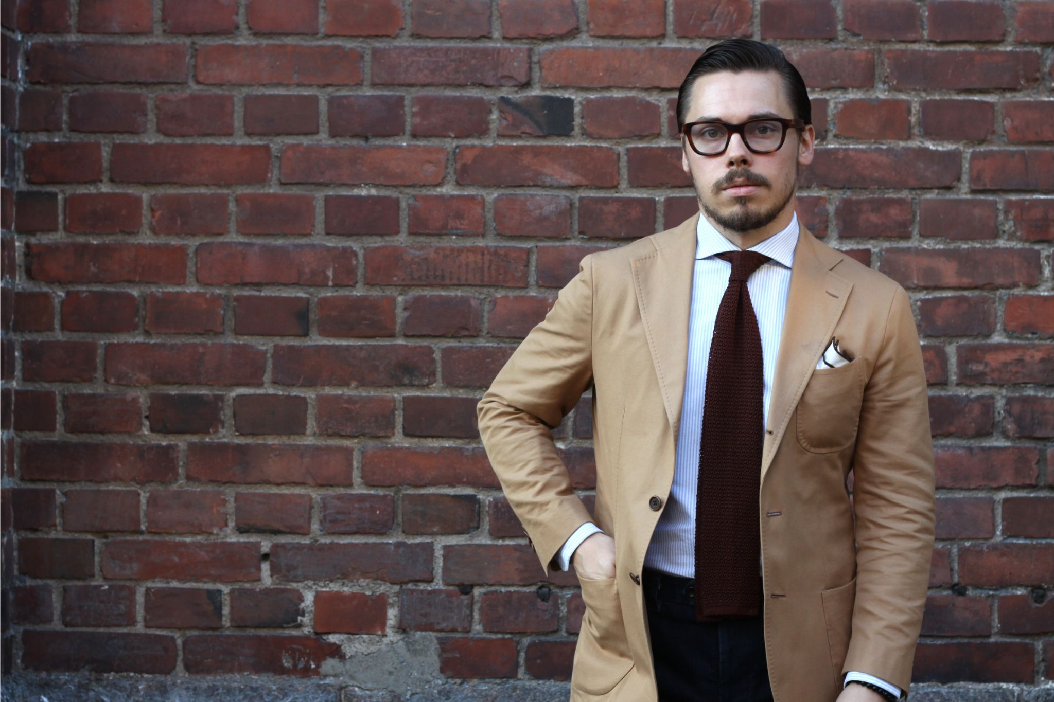 How to dress down a suit - camel colored cotton suit jacket with denim slacks