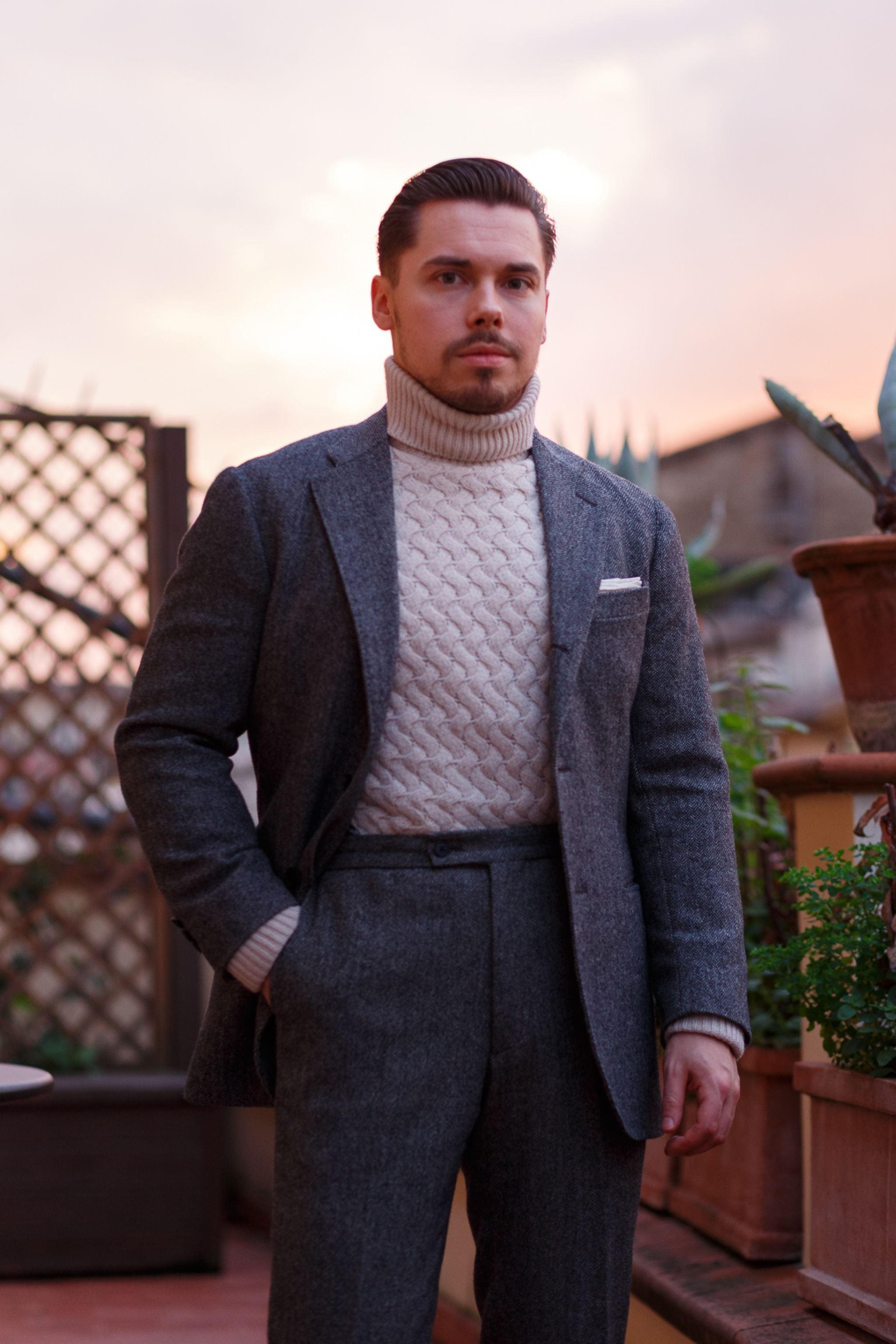 How to wear a-chunky-roll-neck-sweater-with-a-suit