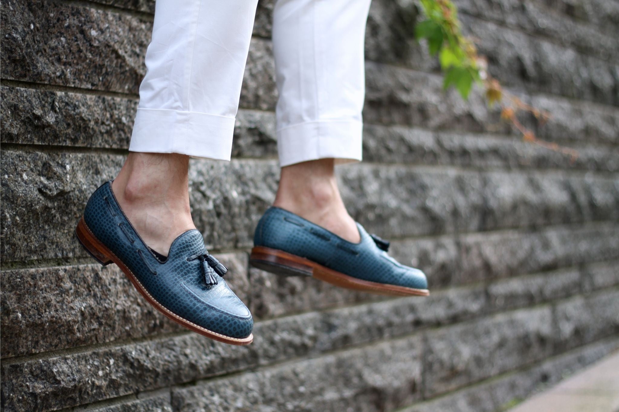 Croco embossed tassel loafers