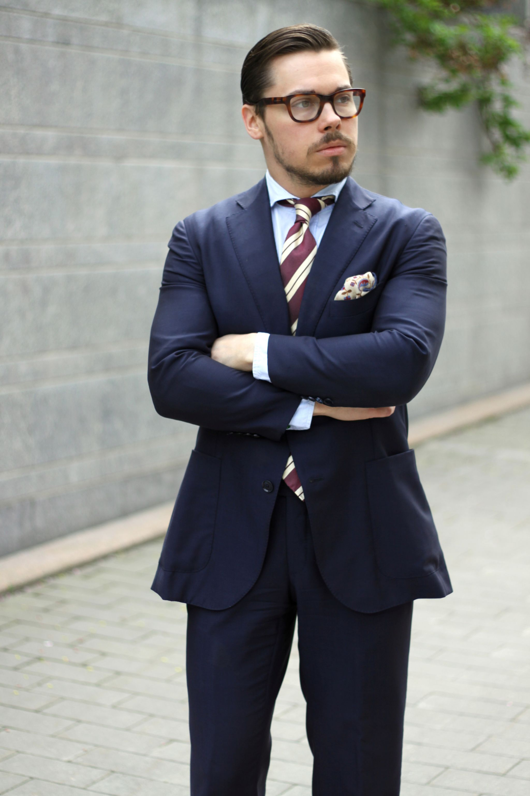 How to wear burgundy accessories - Dark blue Caruso suit with striped shantung tie