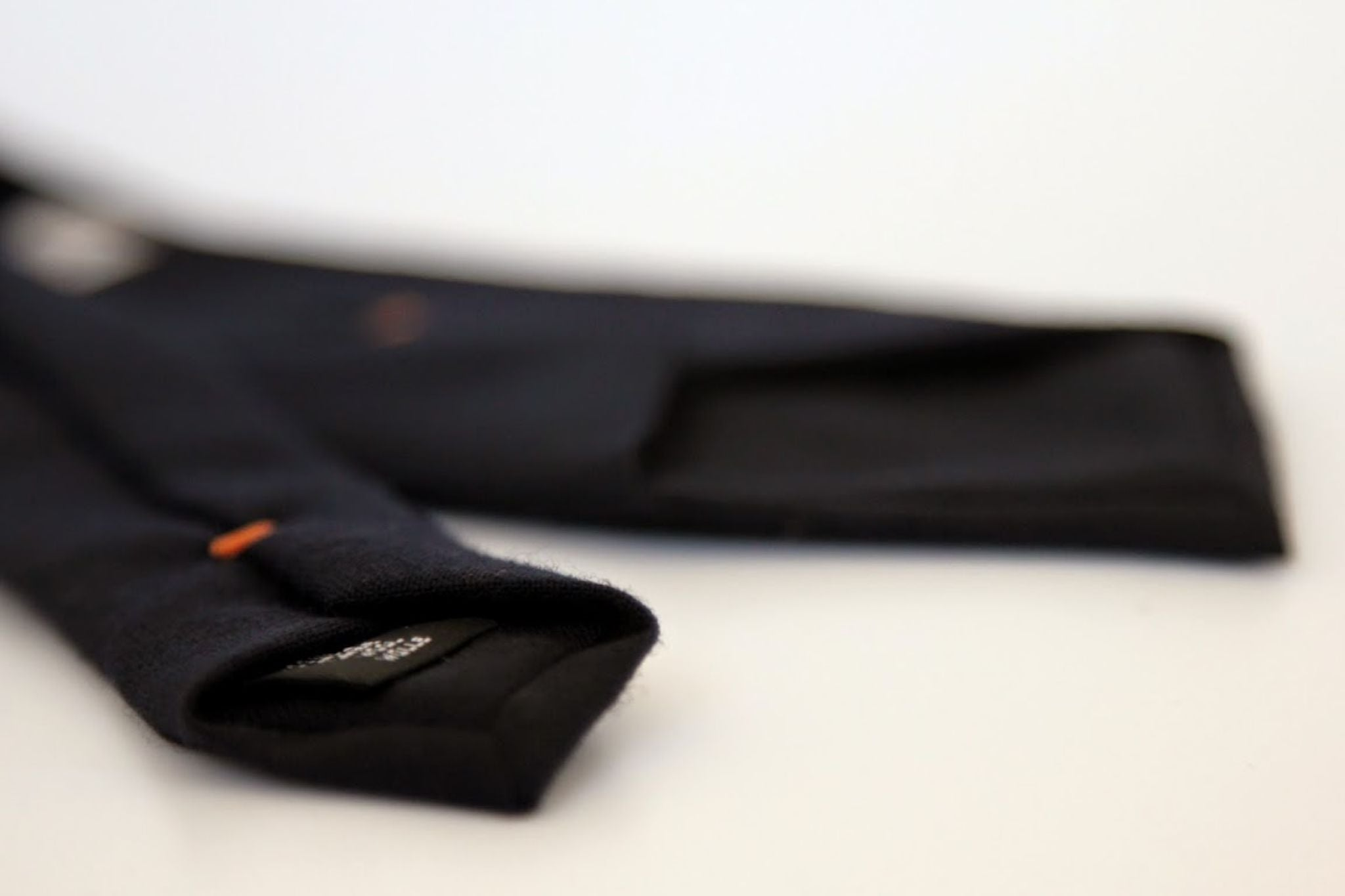 Dark blue wool tie - details