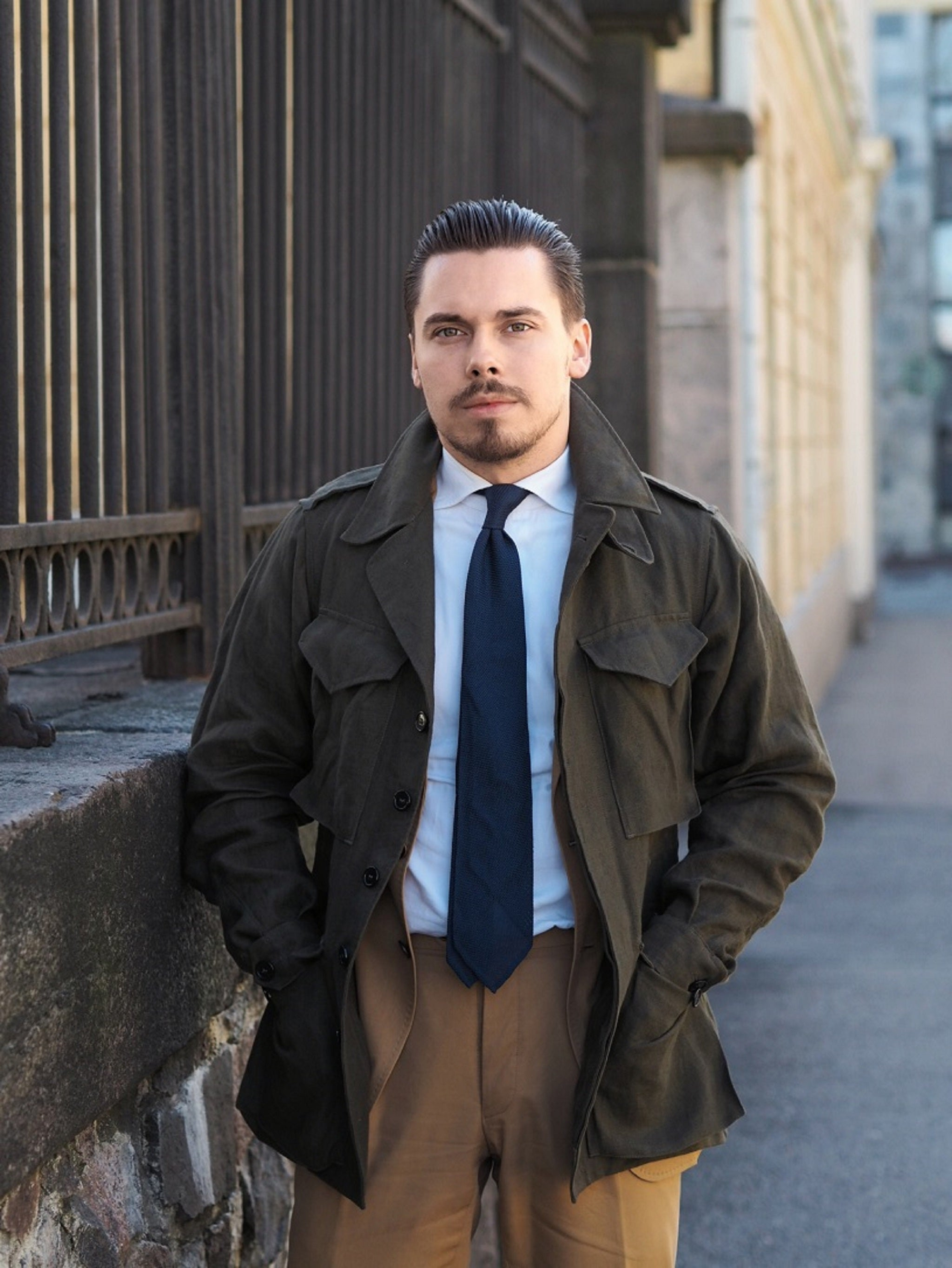 Drakes-version-of-the-M43-field-jacket-with-cotton-suit