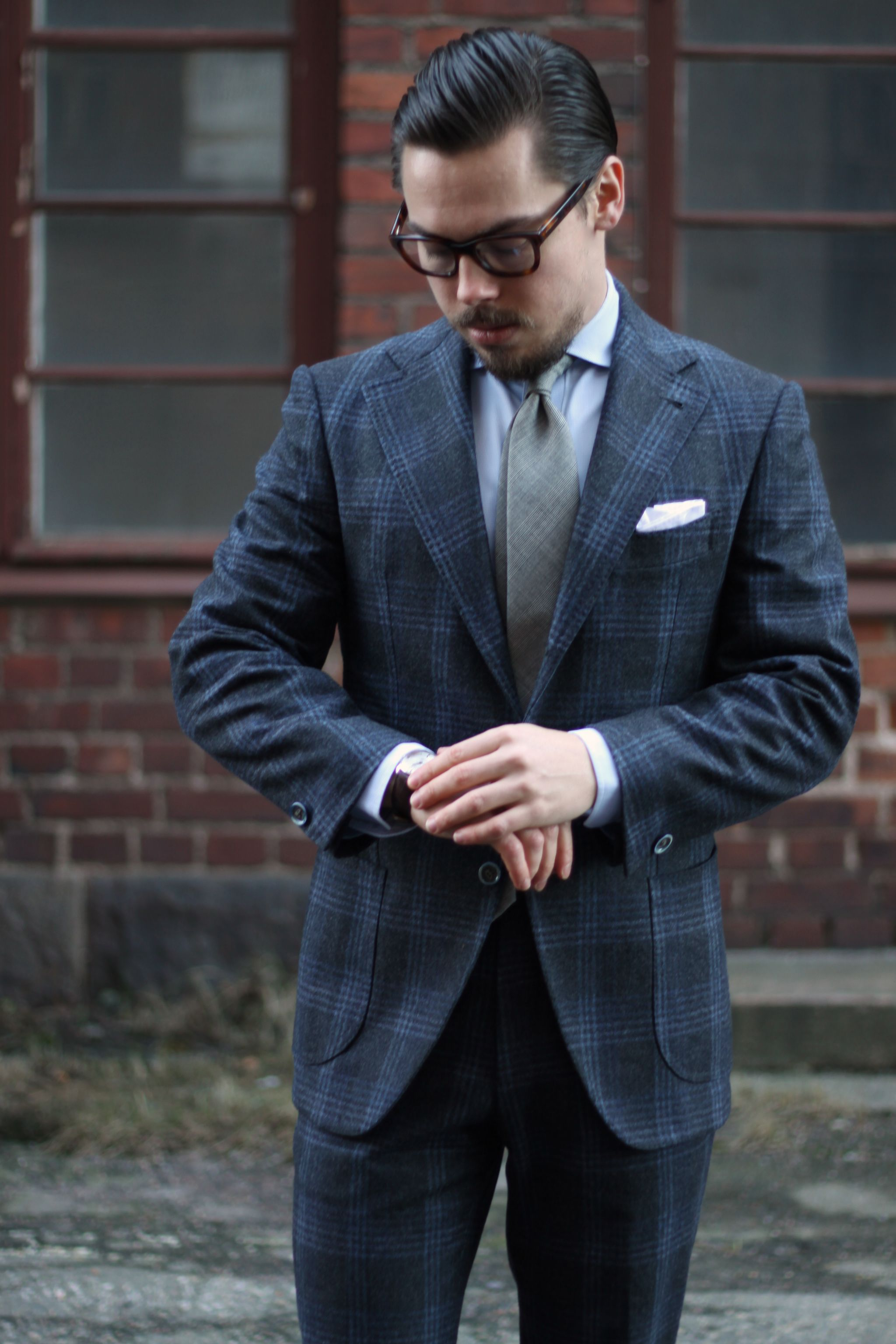 G.Abo Napoli gray suit with overcheck