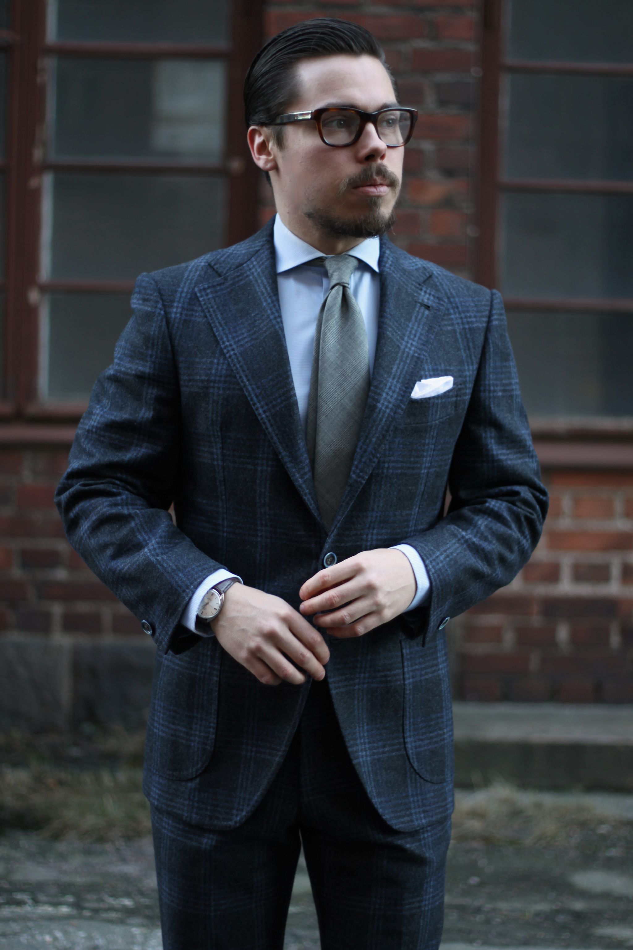 Gabo Napoli suit with Berg&Berg wool tie