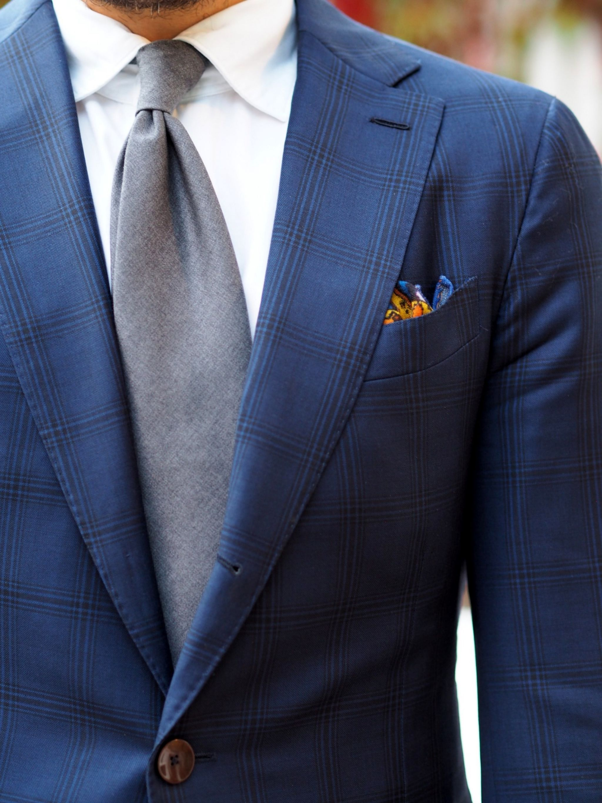 Autumnal business outfits - Gray wool tie with blue checked suit