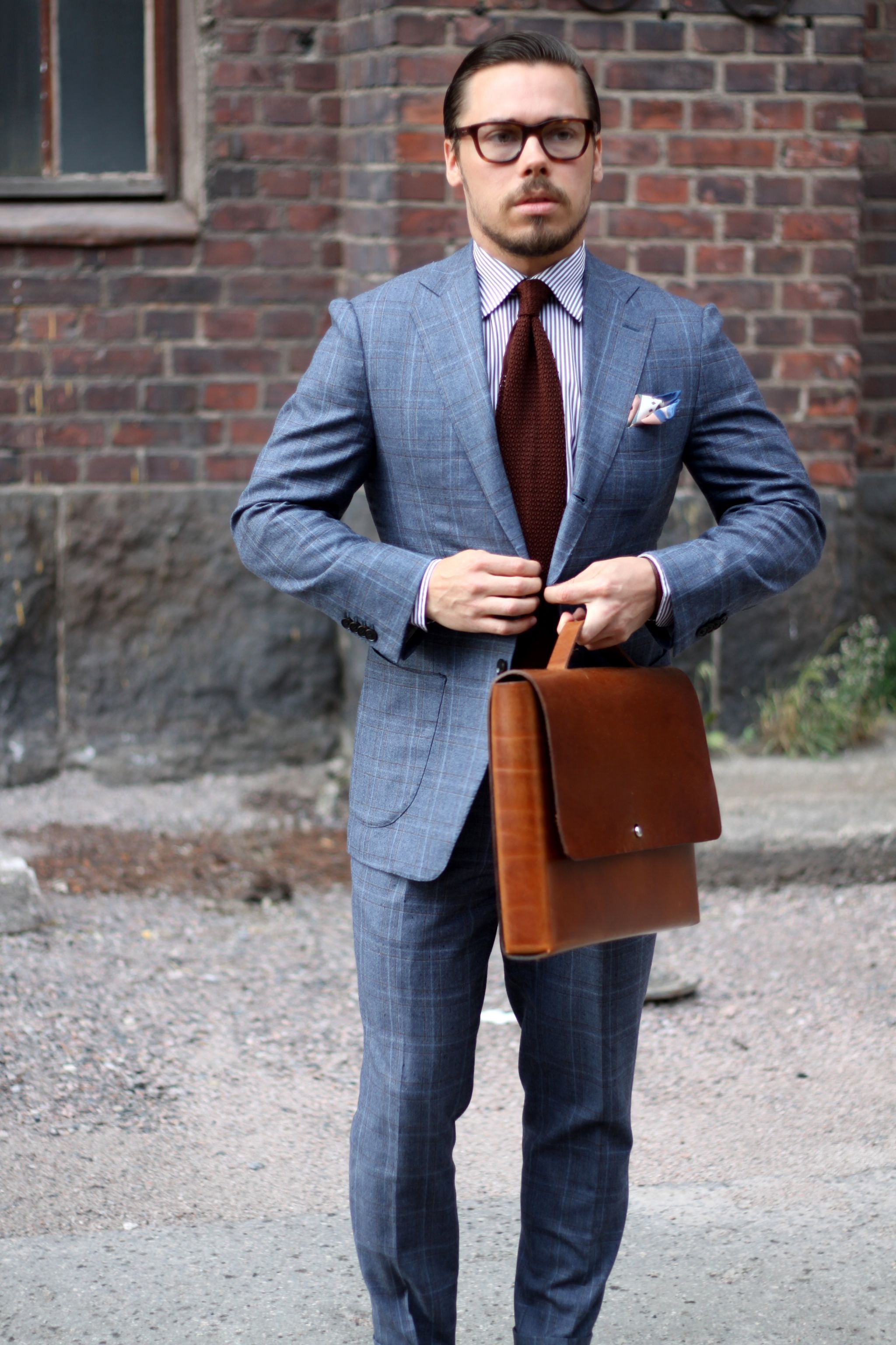 How to wear brown knit tie with suit