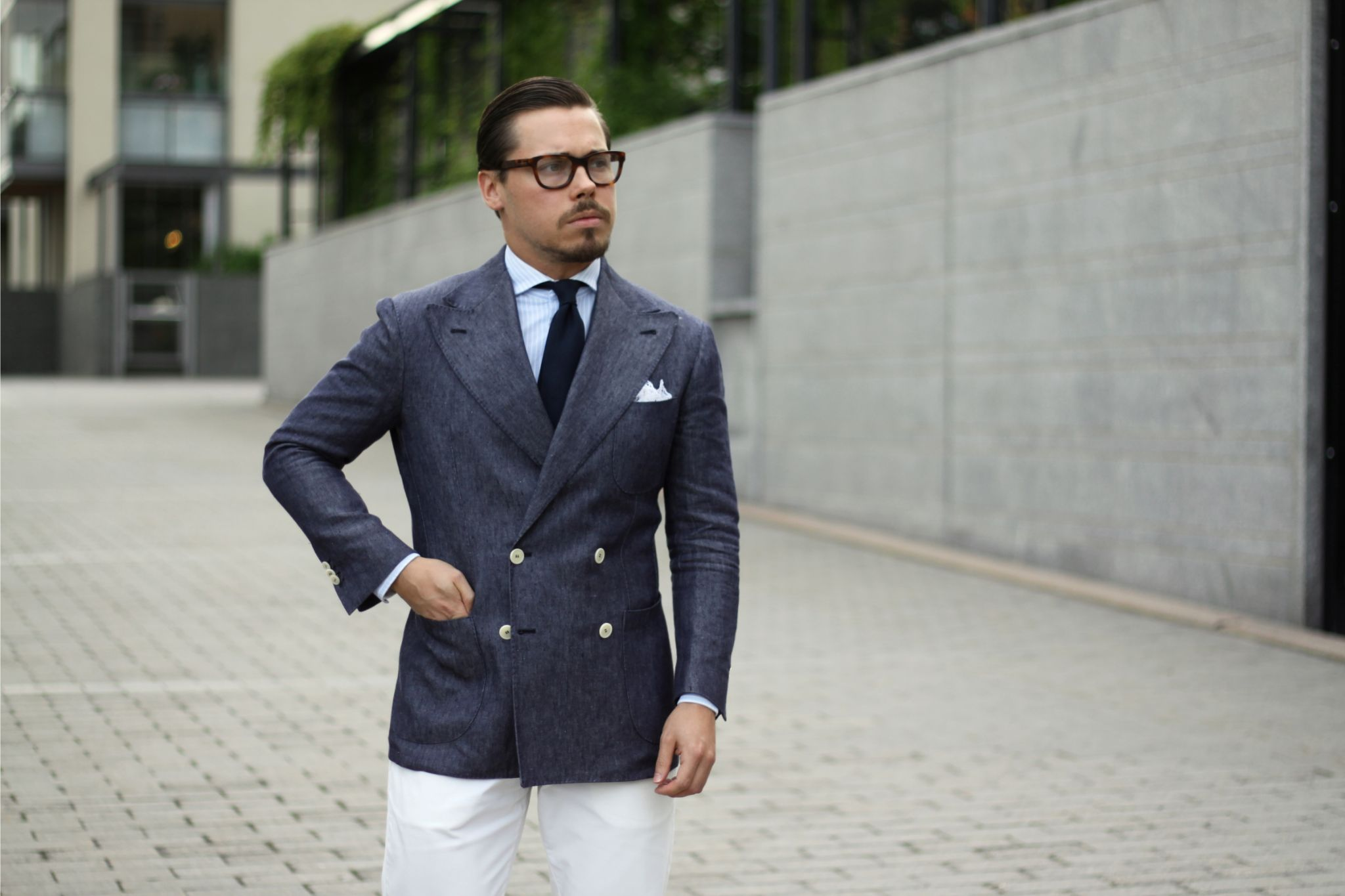 Indigo linen blazer with blue grenadine tie