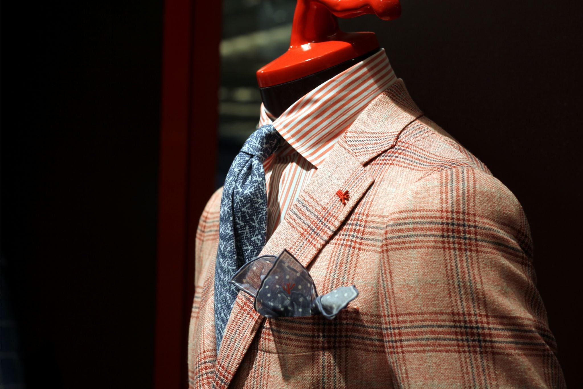 Isaia Pitti Uomo 88 - preview 1
