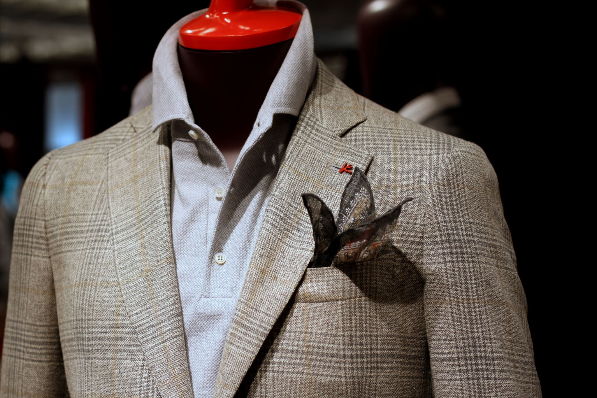 Isaia Pitti Uomo 88 - preview 3