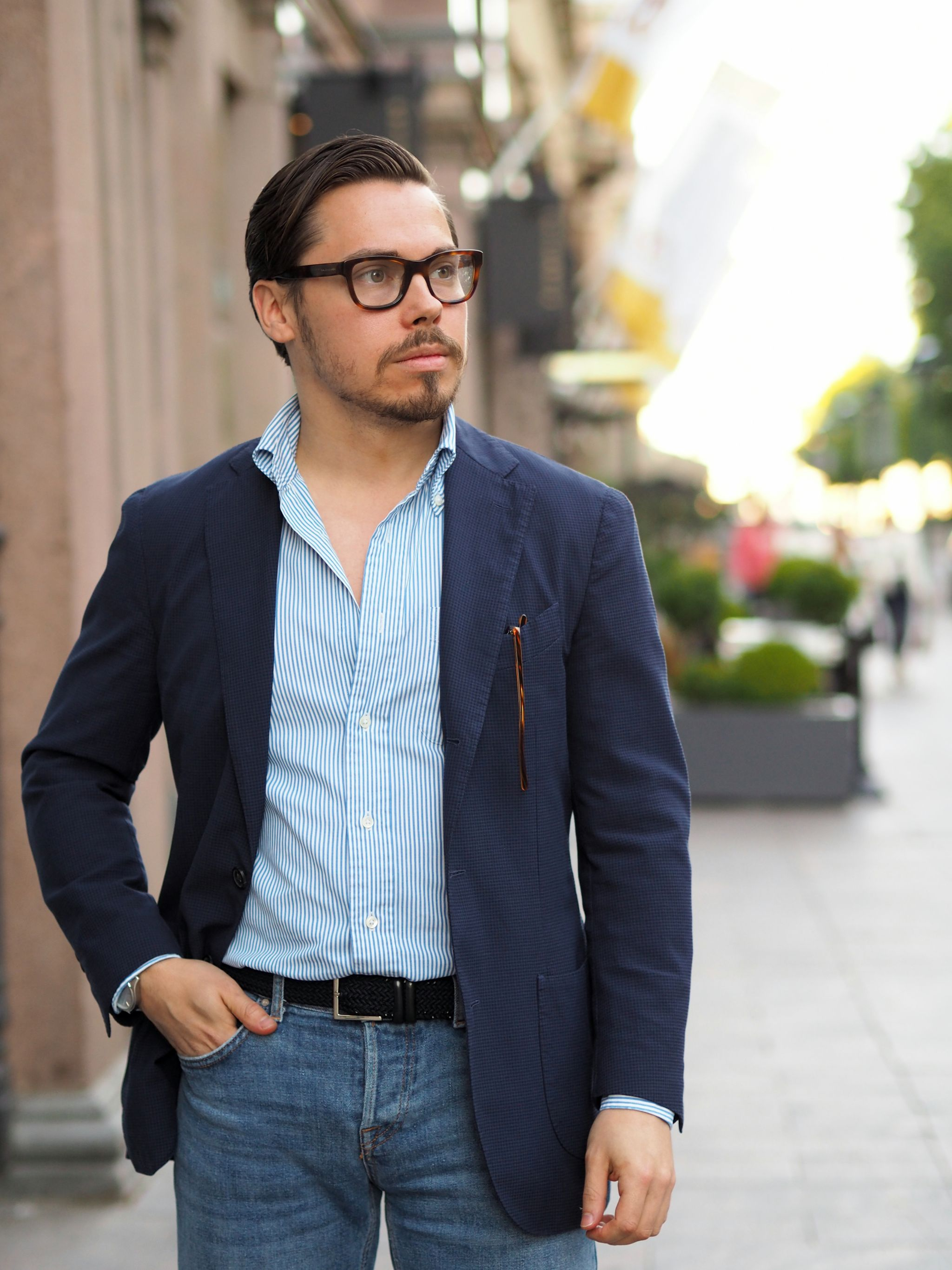 Navy blue sport coat with jeans - simple and casual