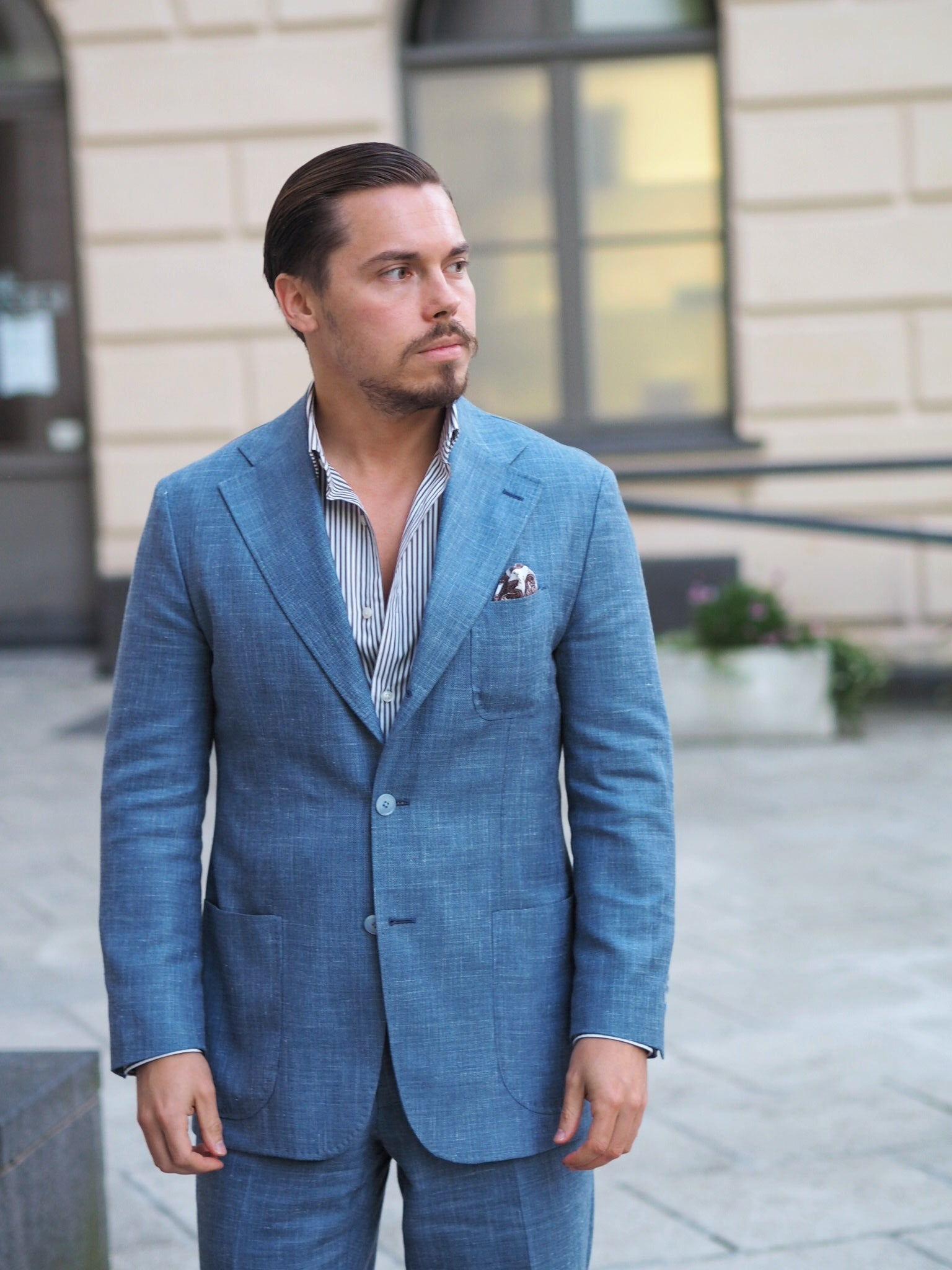 Light blue suit for summer - three patch pockets and soft shoulder structure