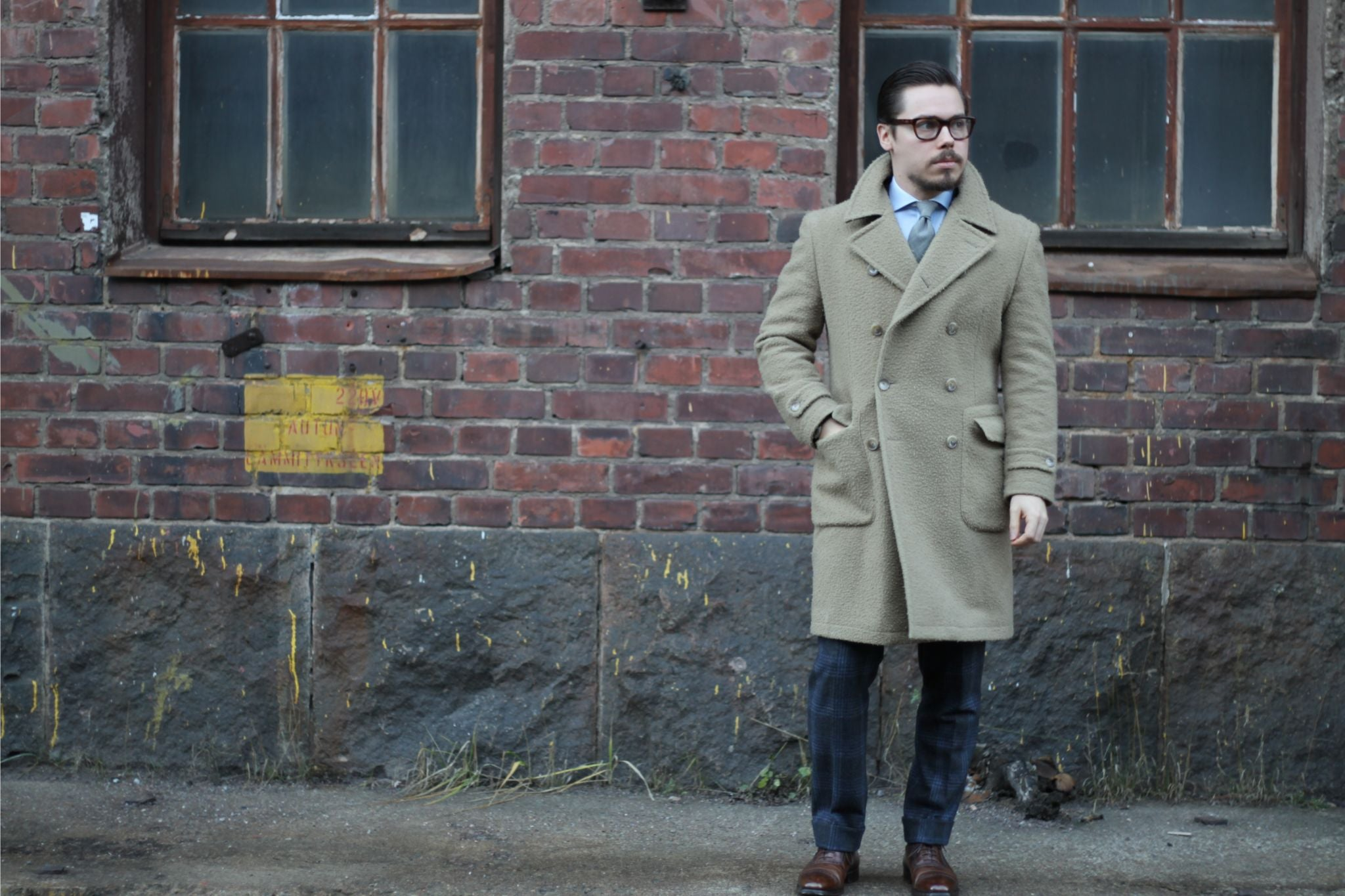 Light brown casentino overcoat with gray suit