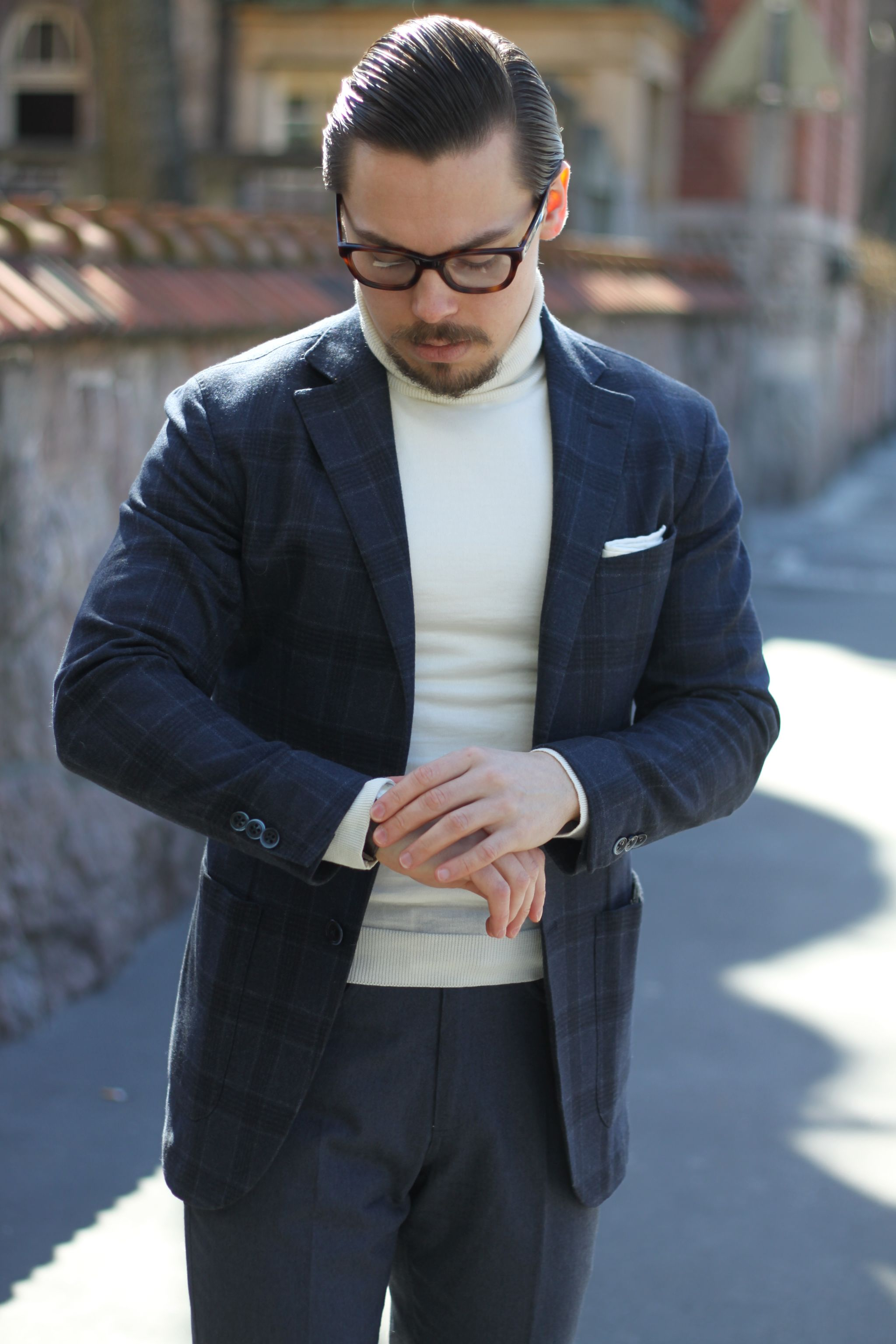 Lubiam checked sport coat combined with Sand copenhagen knitwear