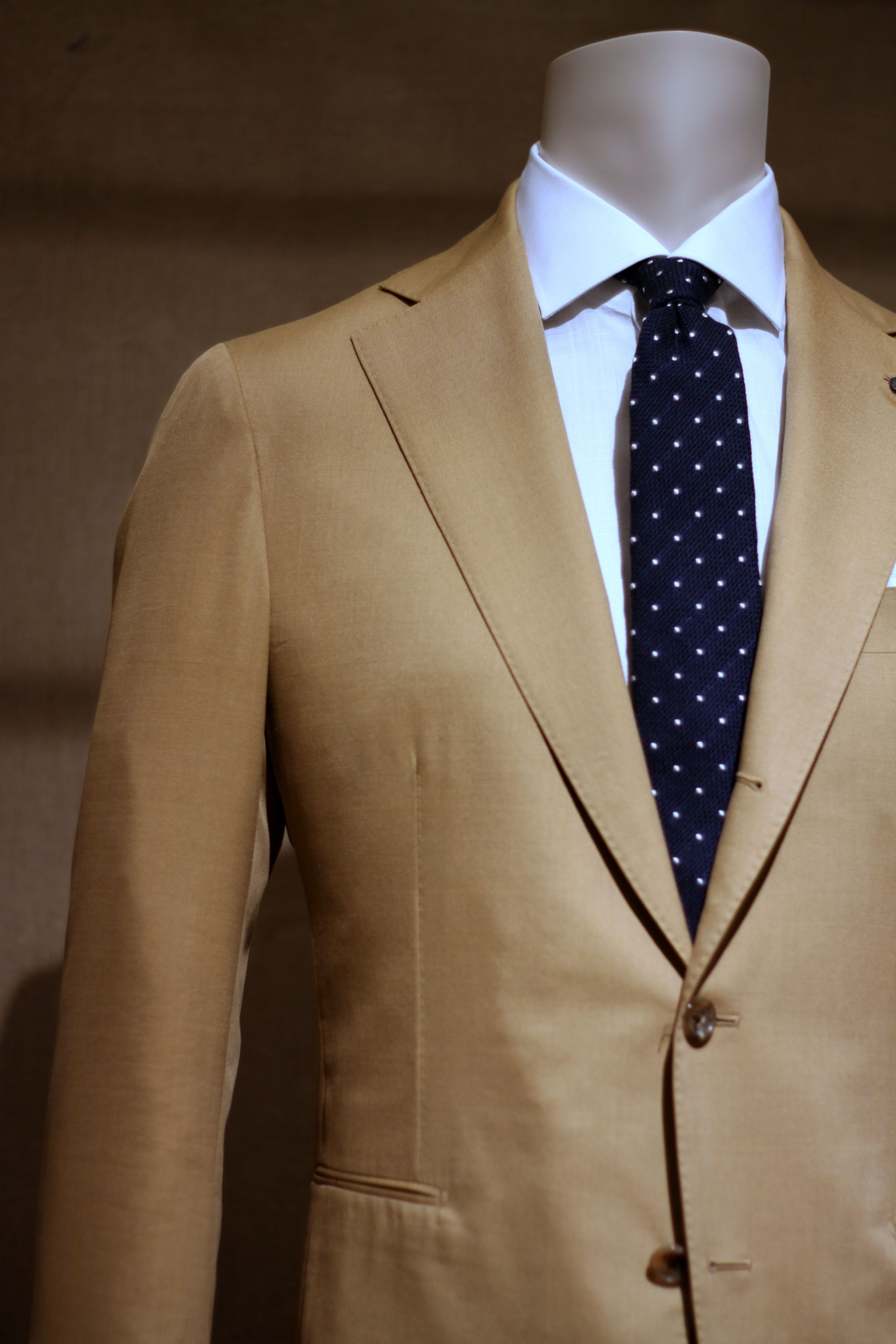 Pitti Uomo 90 Lardini cotton colored suit