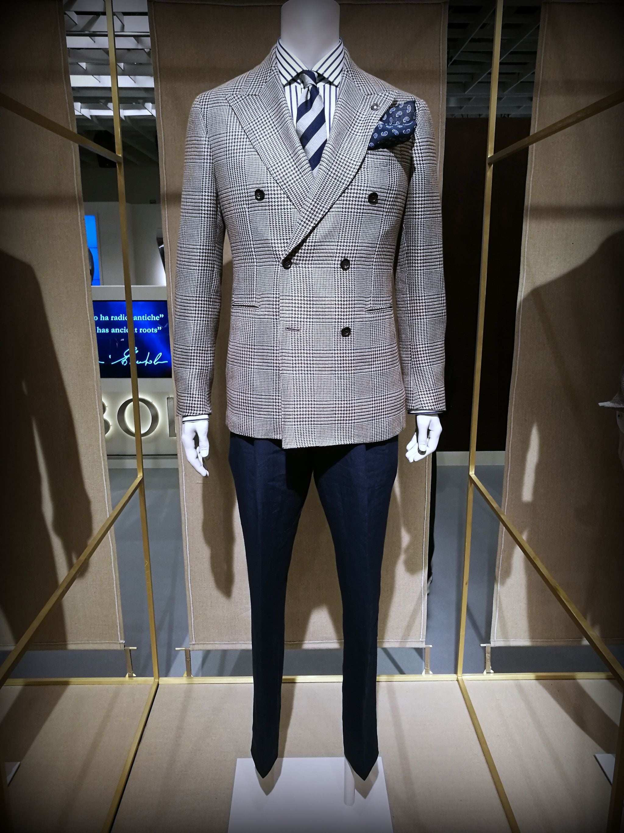 Pitti Uomo 90 - Double-breasted blazer with blue trousers by Lardini