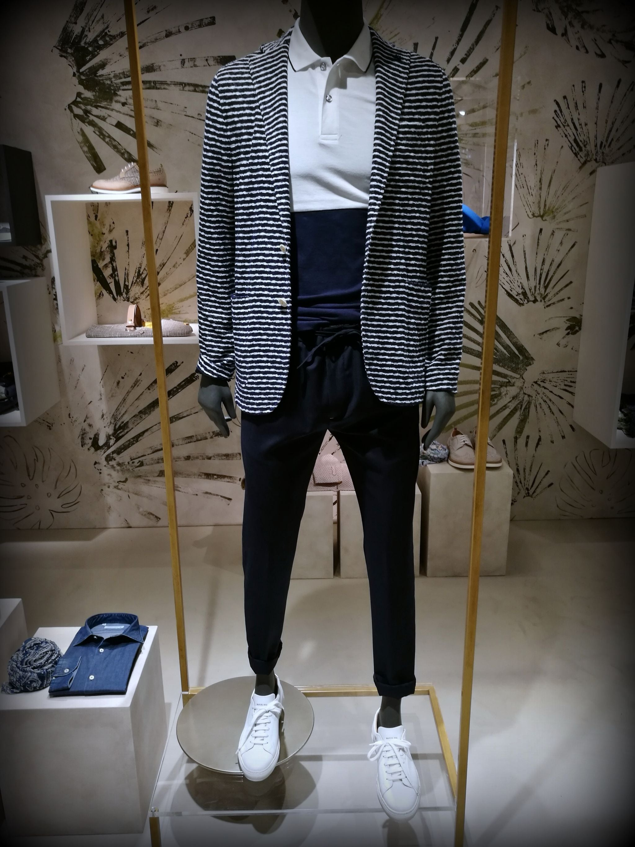 Pitti Uomo 90 trends- blue and stripes