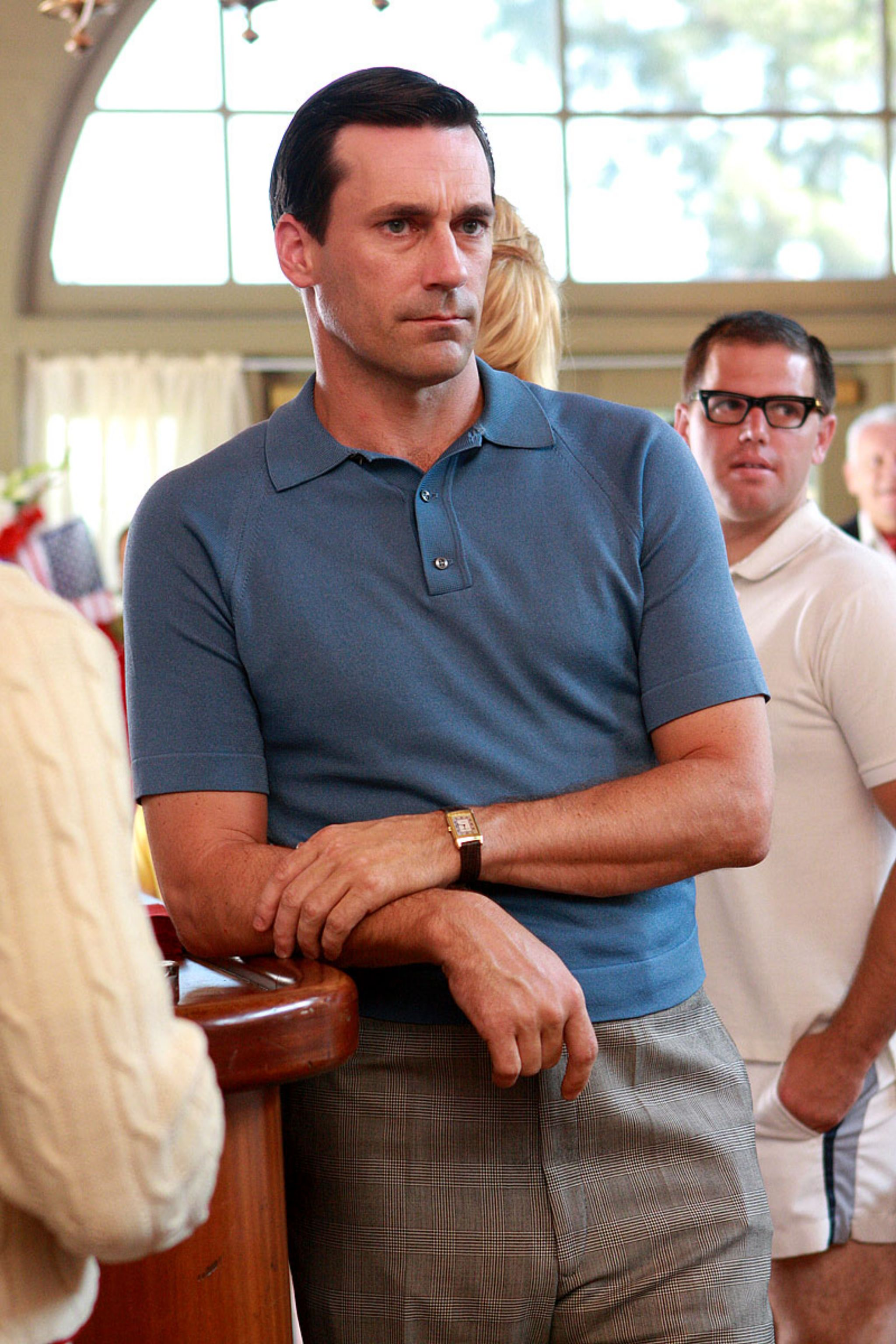 How to wear the polo shirt - classic example by Don Draper