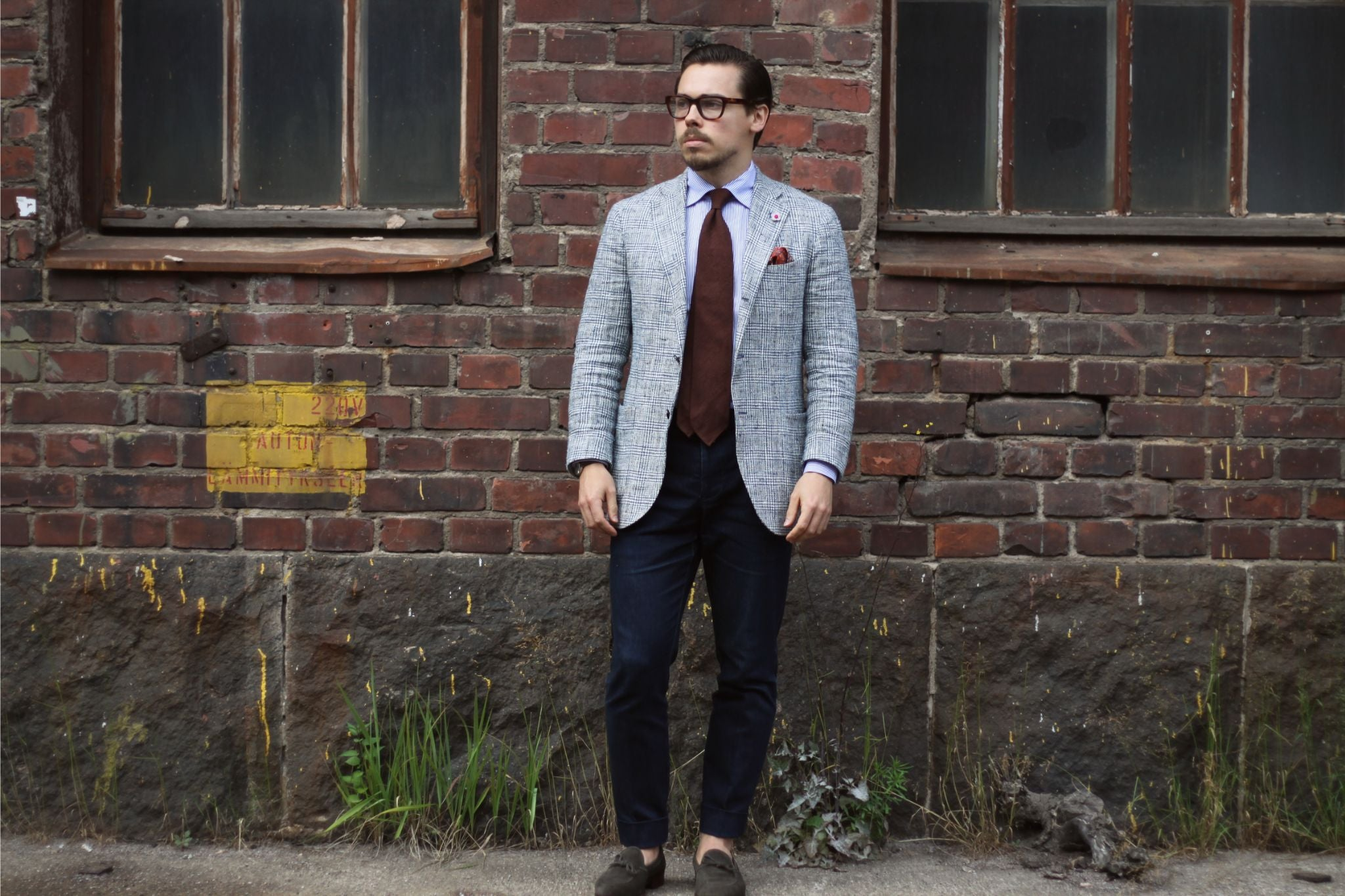 Viola milano shantung tie with Lardini sport coat and finealta denim