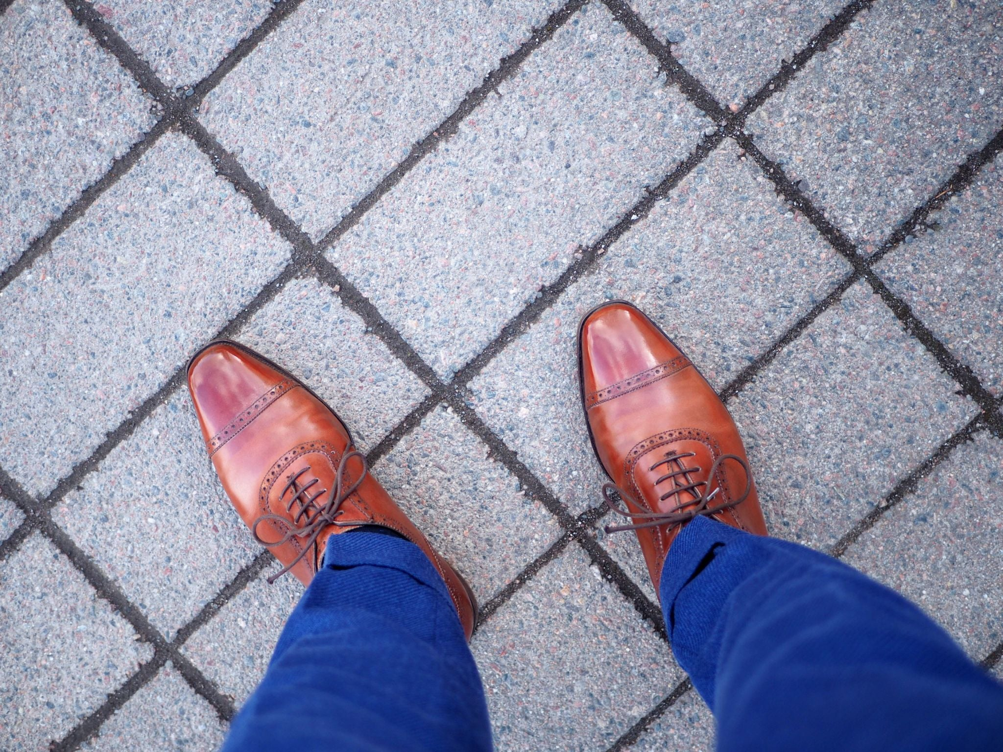 Mid-brown shoes with business suit - My Alfred Sargent adelaide oxfords after five years of wear.