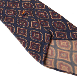 Blue 5-fold medallion motif soft silk tie