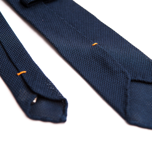 DLA essential ties - Set of 3