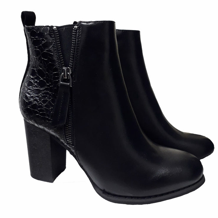 Ankle heel boots black with snake effect back