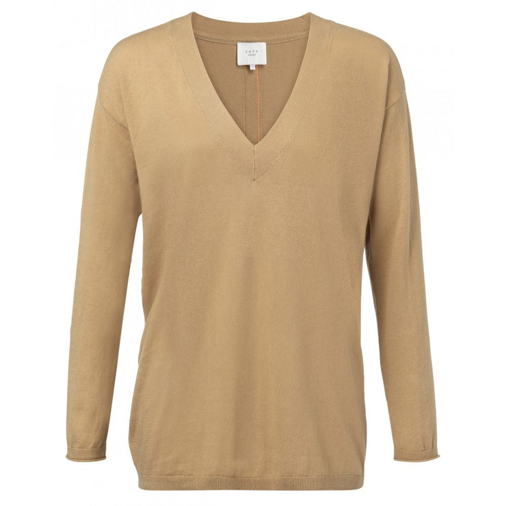 Fine knitted V-neck sweater W back band