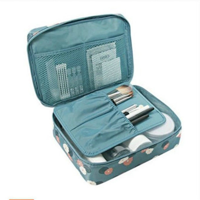Nomad Beauty Cosmetics Travel Bag