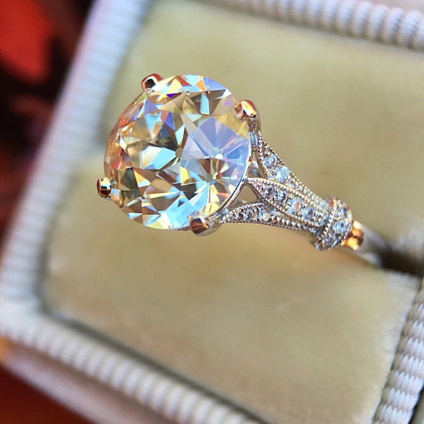 Luxury Crystal Engagement Ring