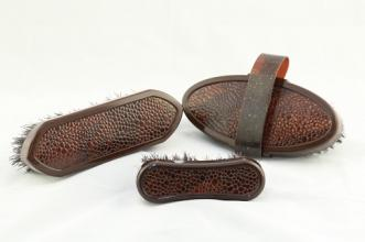 Leather Look Brush