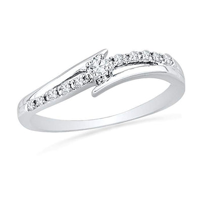 10K White Gold Round Diamond Bypass Promise Ring (0.12 cttw)