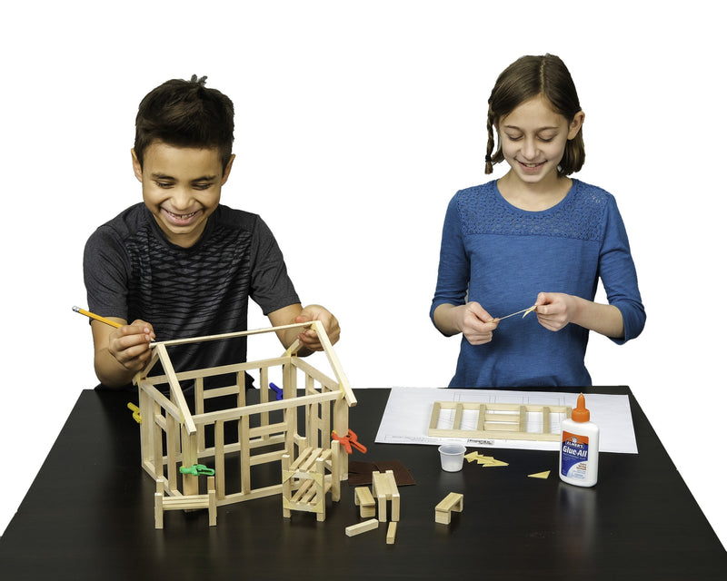 Kids building educational Projects in architecture and engineering