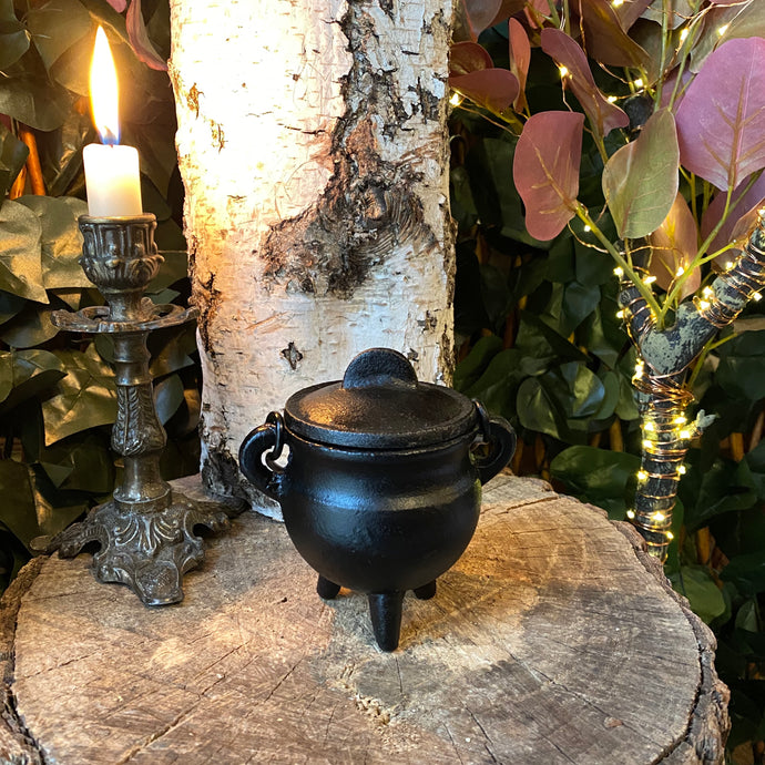 Cast iron cauldron - small