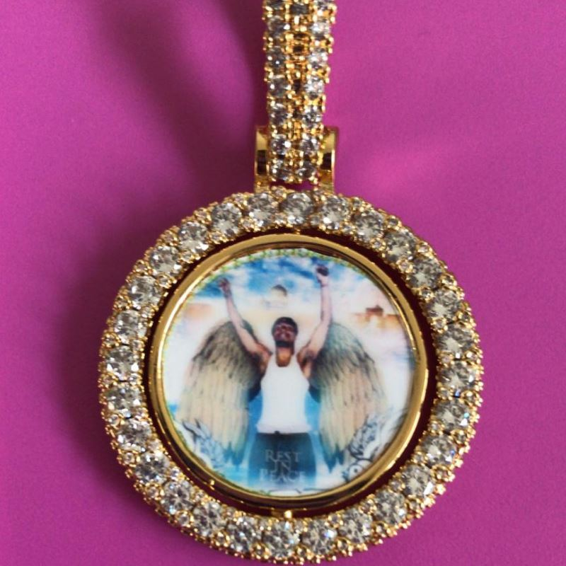 7d69f78a14f54 Double Sided Custom Picture Spinning Pendant