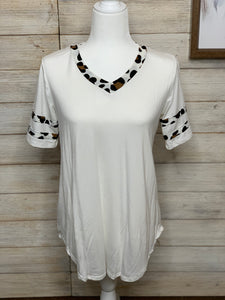 White with Leopard Contrast Top