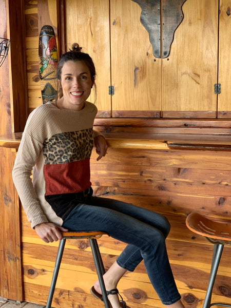 Color block long sleeve leopard top