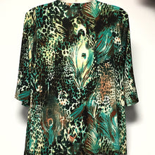 Load image into Gallery viewer, Avenue 3/4 Sleeve Top size 18/20