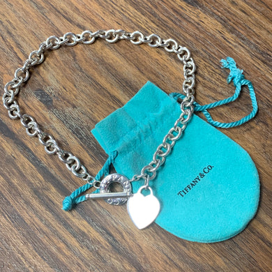 💕Authentic Tiffany & Co Heart Toggle Necklace