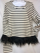 Load image into Gallery viewer, Sugar+Lips Long Sleeve Top with feather hem, Size Medium