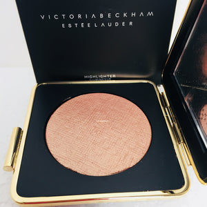 NEW Victoria Beckham Highlighter